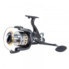 Fishing reel spinning for Canadian anglers